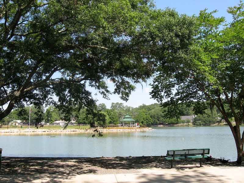 Lake Ella and Fred Drake Park