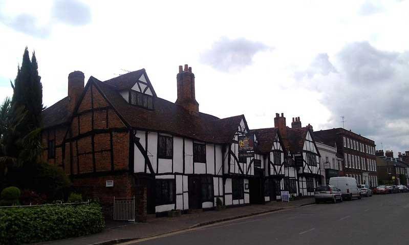 Old Amersham High Street
