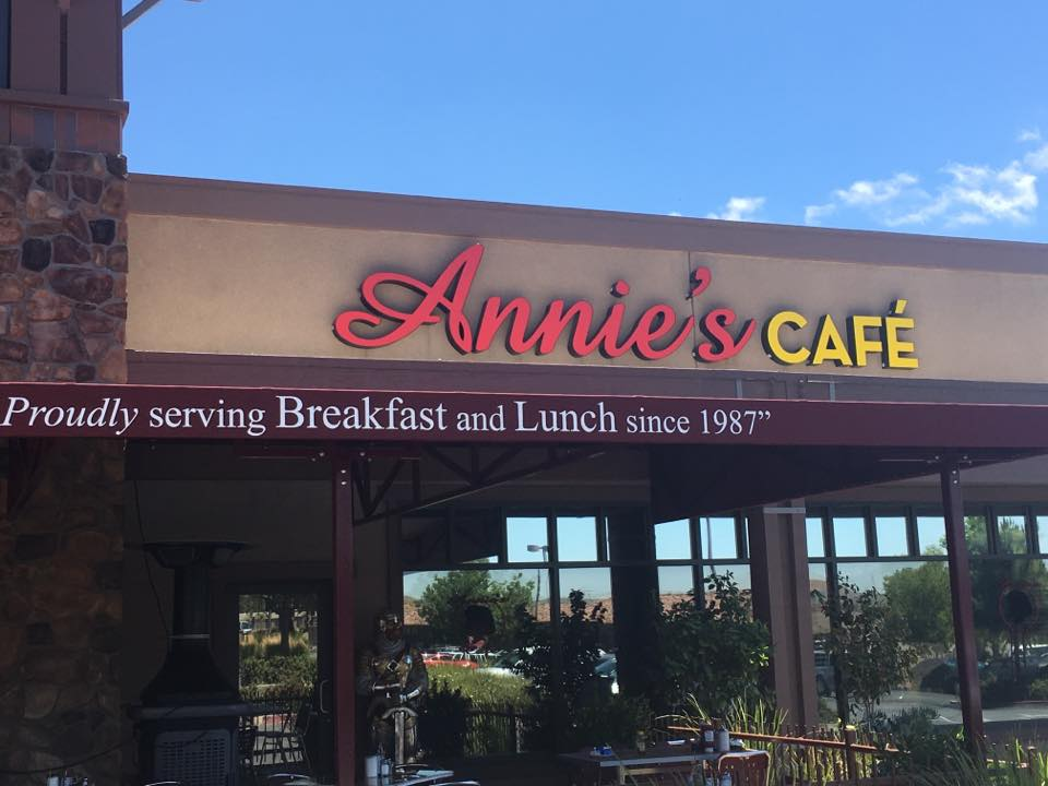 Annie's Cafe Lake Elsinore