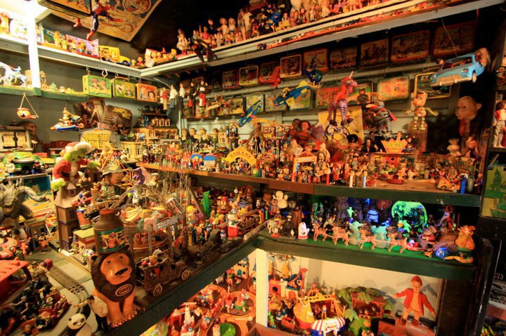 Apple Valley Hillbilly Garden and Toyland Museum